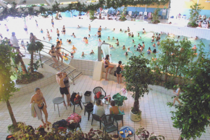 Zwembad kardinge in groningen daguitje